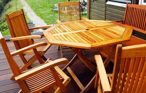 Συντήρηση ξύλινων επιφανειών με προϊόντα Borma Wachs