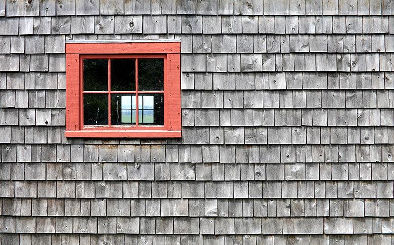 Συντήρηση ακριβείας εξωτερικών ξύλινων επιφανειών
